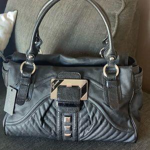 Guess Bags - NWT Guess handbag satchel
